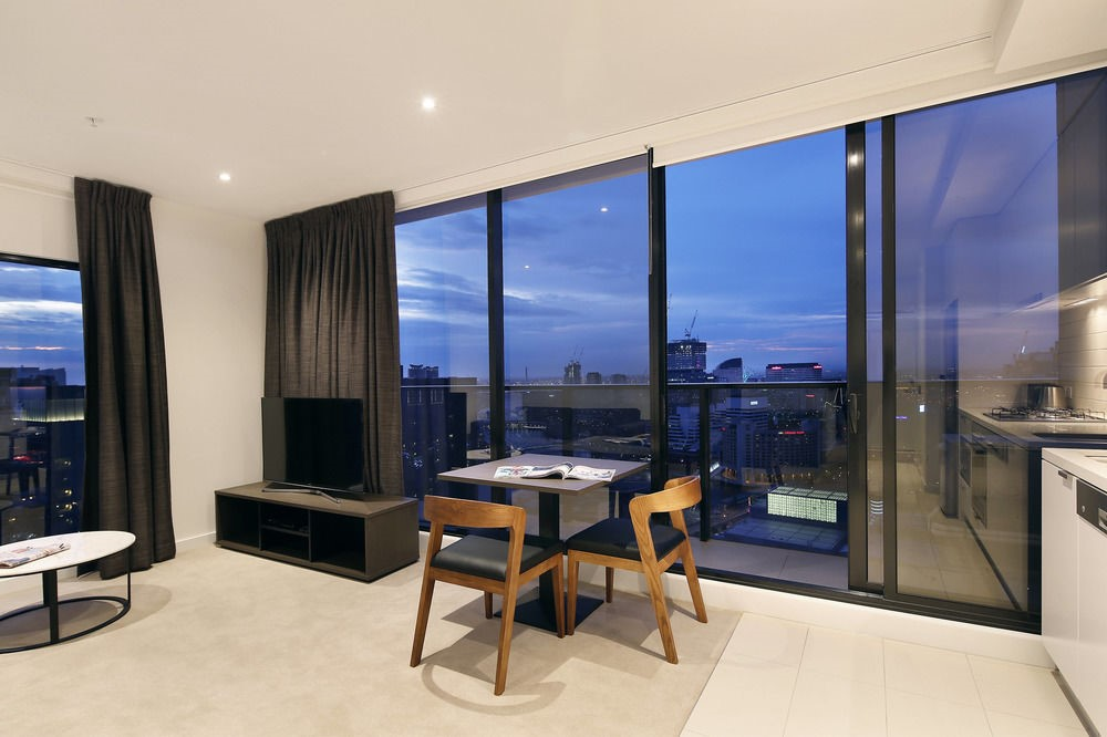 Hotels vs. Apartment Accommodation in Melbourne