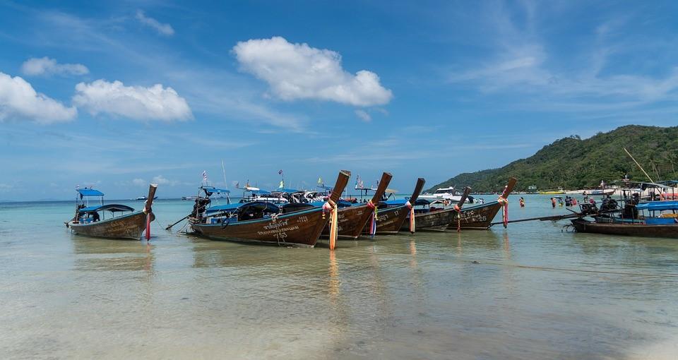 FIVE MUST DO ACTIVITIES IN PHUKET, THAILAND